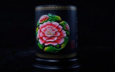 创意牡丹花活性炭笔筒
