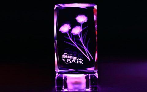 康乃馨刻字发光水晶摆件